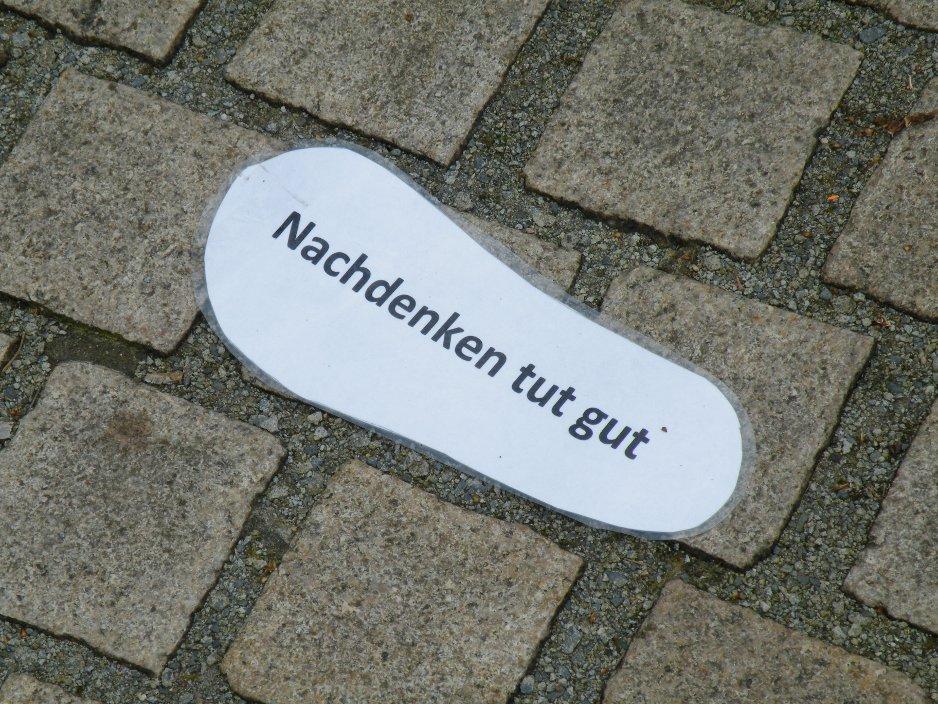 http://eifelgegenrechts.blogsport.de/images/DSCF5073kopie1.JPG